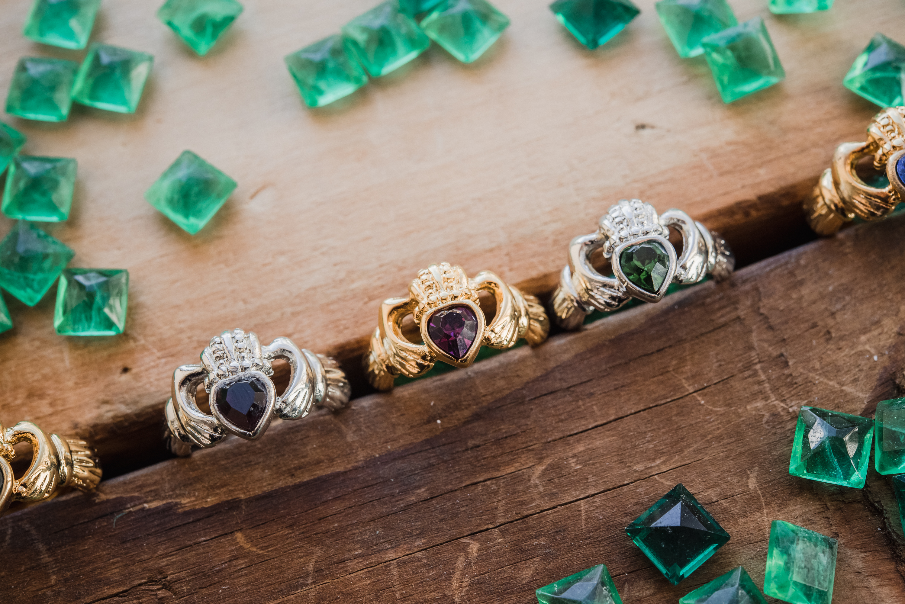 Claddagh rings - emeralds -origin - history of the Claddagh symbol and how to wear the ring